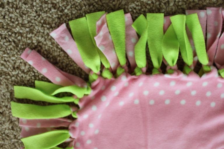 No sew tie fleece blanket